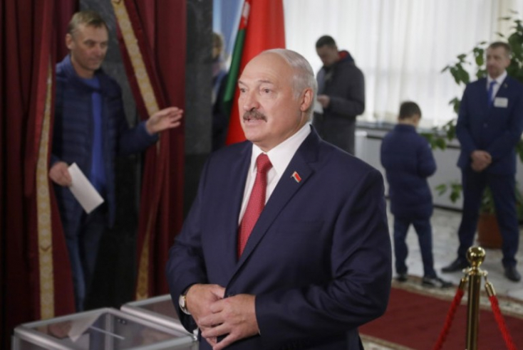 """Lukasenka: Fehéroroszország nem tagolódik be a """"baráti"""" Oroszországba"""