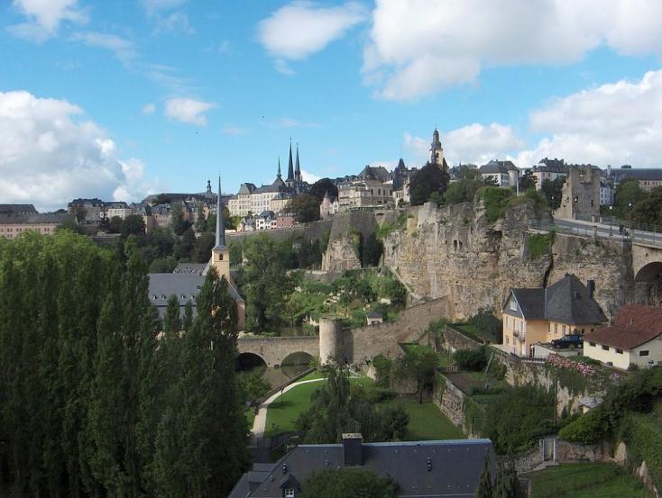 Hivatalossá tennék az angol nyelvet Luxemburgban, hogy vonzóbb legyenaz ország munkaerőpiaca