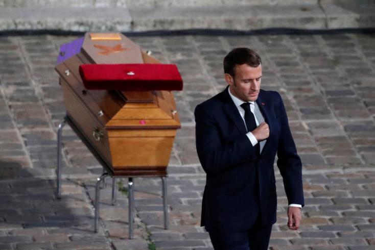 Erdogan azt mondta, Macronnak ellenőriztetnie kéne az elmeállapotát, mire a franciák hazarendelték nagykövetüket