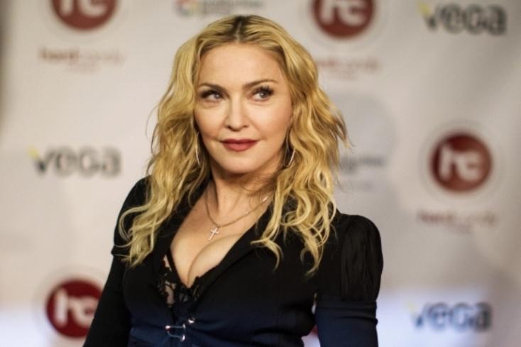 Madonna folytatja a londoni fellépésekkel a világkörüli turnéját