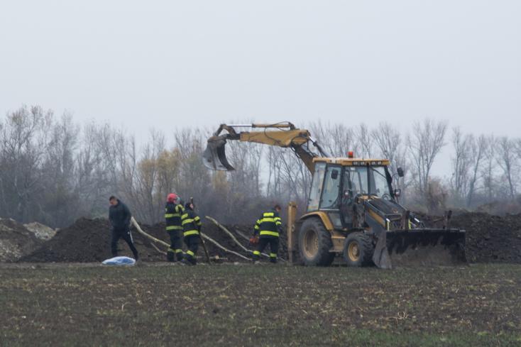 MAFFIA: Két holttestet találtak Dunaszerdahely közelében!