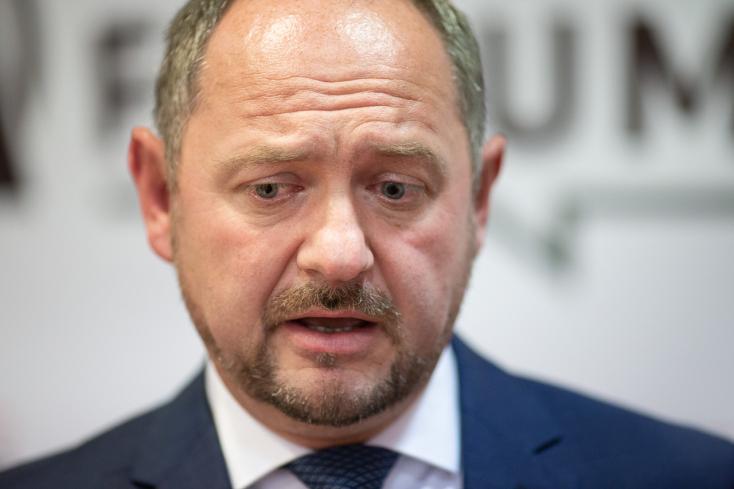 Simon és az MKP sem zárja ki, hogy tárgyalna a PS magyar platformjával