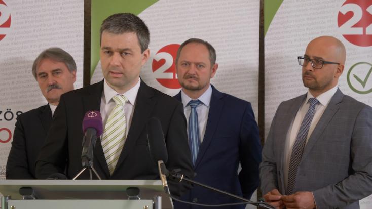 Polis-felmérés: A Magyar Közösségi Összefogás lehetne a koalícióban a Za ľudí helyett