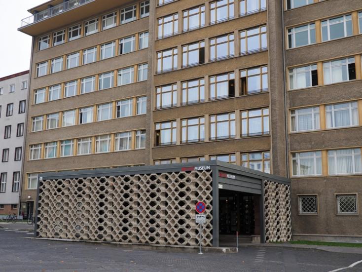 Betörtek a berlini Stasi Museumba