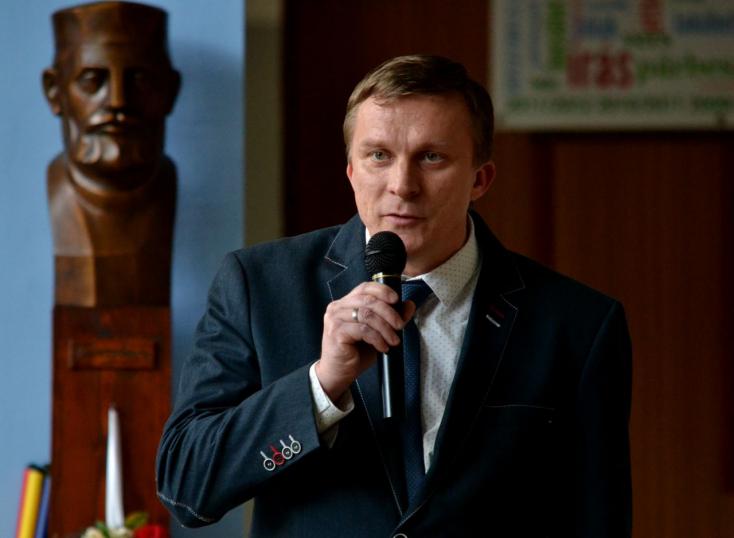 Masszi János újabb négy évig  a területi pedagógusszövetség elnöke Dunaszerdahelyen