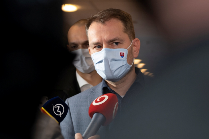 FELMÉRÉS: Az emberek többsége szerint Matovičnak át kellene adnia másnak a kormány stafétáját