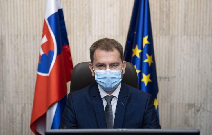 Matovič azt tanácsolja, hogy a szülők magyarázzák el gyermekeiknek, hogy szájmaszkot kell hordaniuk