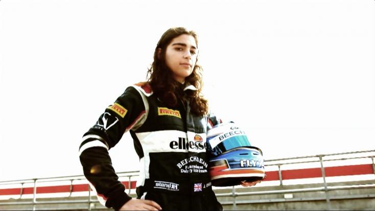 A Williams Forma-1-es csapat tesztpilótája marad a női sorozat bajnoka