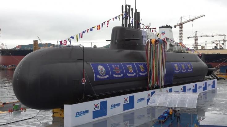 Bemutatták Dél-Korea új, saját fejlesztésű tengeralattjáróját