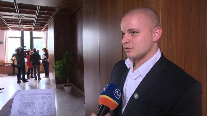 A romákat szidta, a NAKA indított eljárást Kotleba embere ellen
