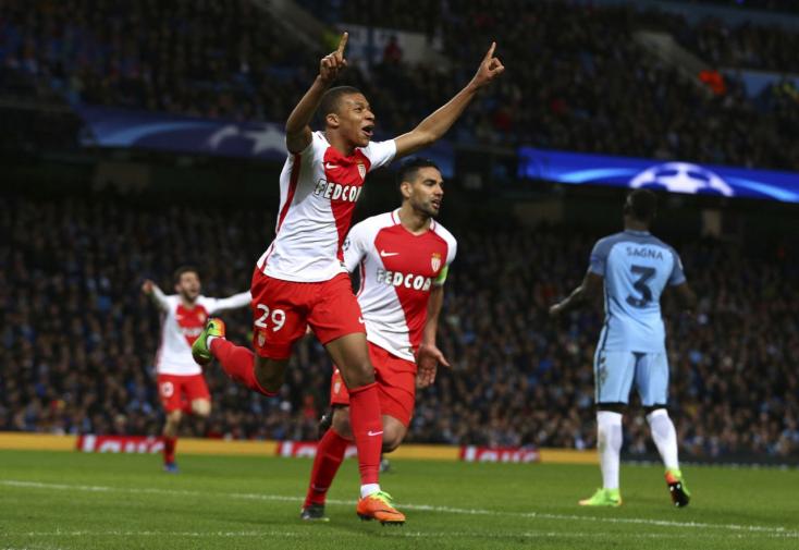 Az UEFA-t átejtve 180 millióért viszi Mbappét a PSG
