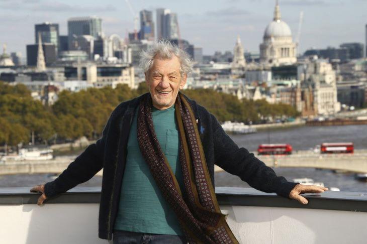 Ian McKellen és Andrew Scott a brit színházi világ legrangosabb elismerésében részesült