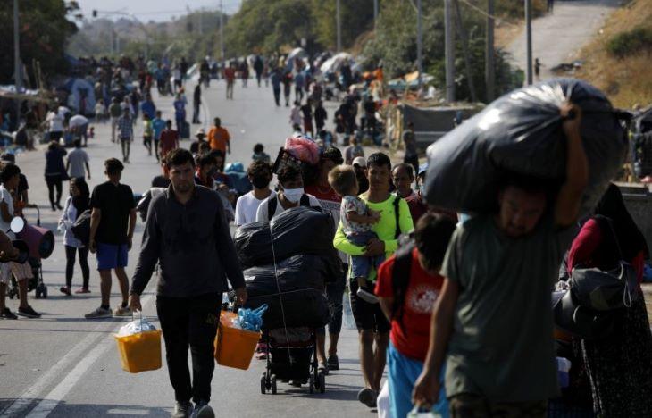 Kilencezren költöztek át az új leszboszi menekülttáborba, köztük több mint kétszáz koronavírus-fertőzött