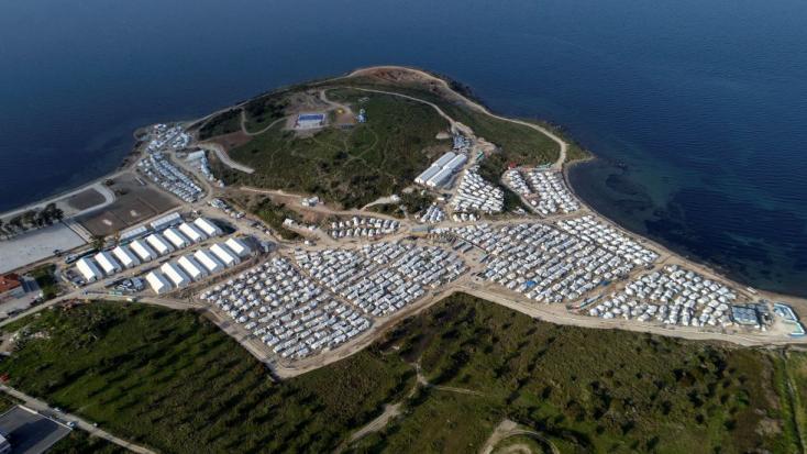 """""""Jó fejek"""" a török hatóságok, menekültekkel teli hajókat próbáltak átpasszolni a görögöknek"""