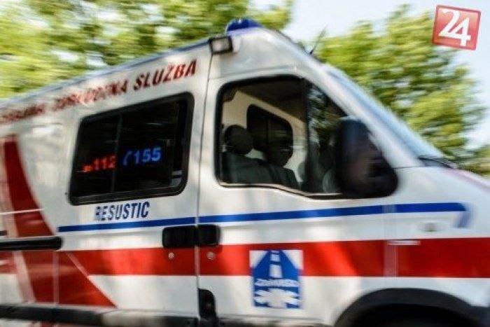 933 esethez riasztották a mentőket szilveszterkor, két gyerek kezében petárda robbant