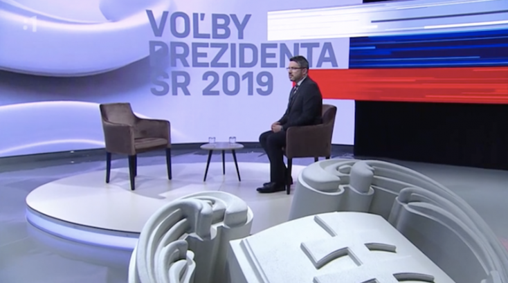 Menyhárt olyan gyorsan lelépett, hogy csak az üres székét mutogattáka televízióban (VIDEÓ)
