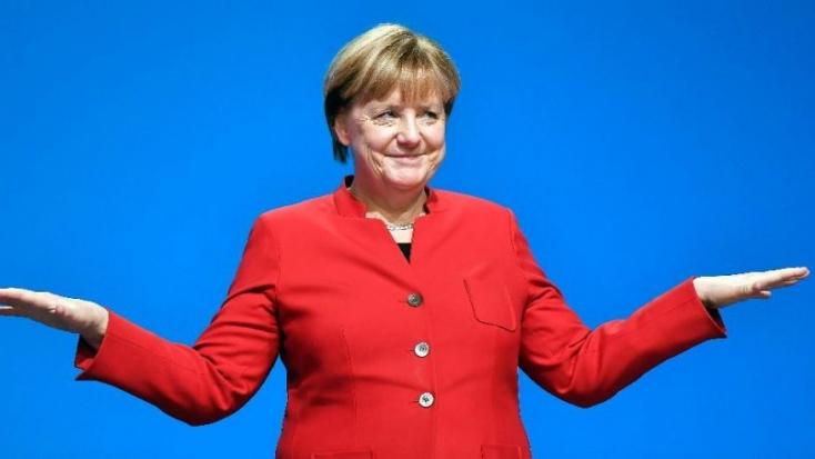 Hiába drukkoltak Merkel ellen az illiberálisok