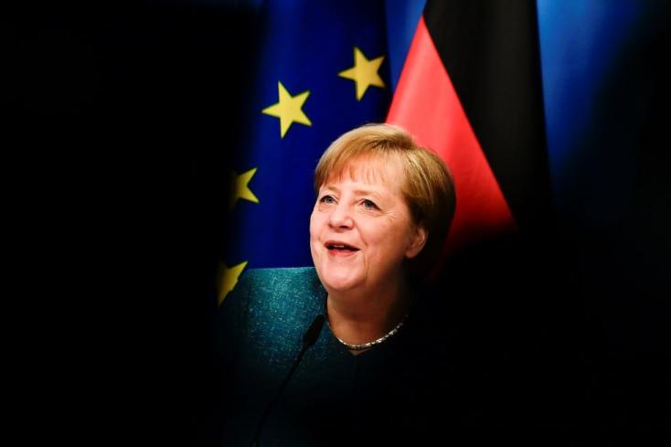 Merkel:örök kötelesség a nácik áldozataira emlékezni