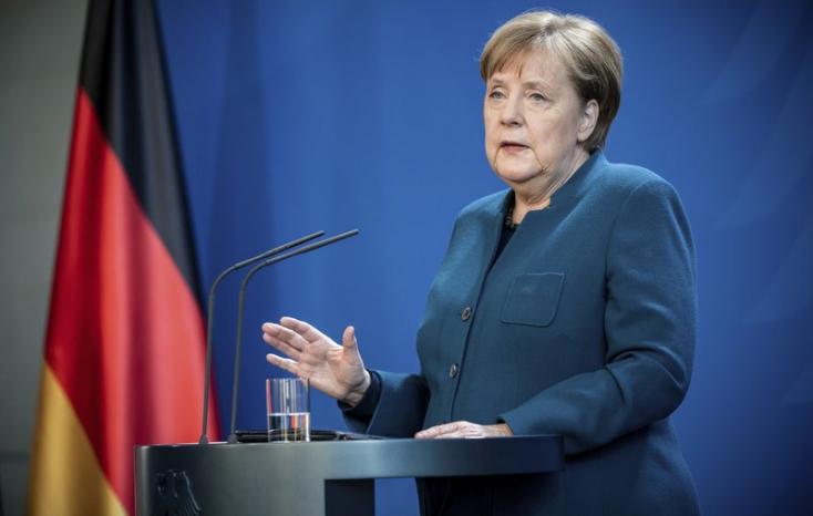 Angela Merkel titokban meglátogatta betegágyánál a megmérgezett Navalnijt
