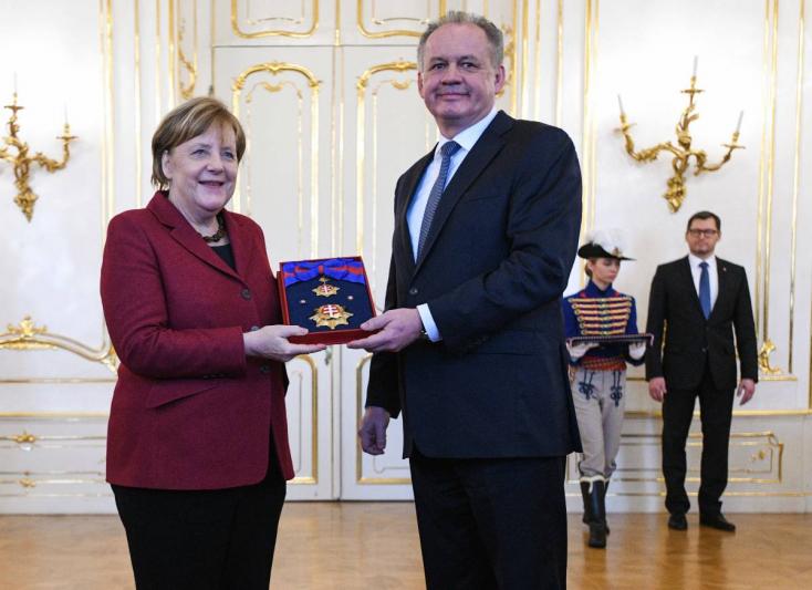 A legmagasabb állami kitüntetést kapta Kiskától Merkel