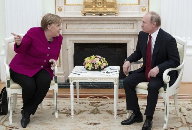 Merkel úgy véli, az európai országok nyernek az Északi Áramlat-2 gázvezeték befejezésével