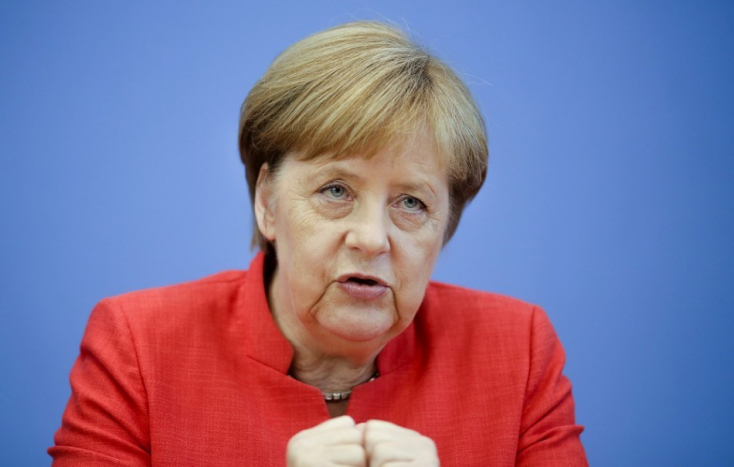 Háromnapos afrikai körútra indult Angela Merkel