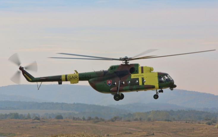 Biztonsági okokból kivonta a forgalomból a szlovák hadsereg a Mi-17-eseket