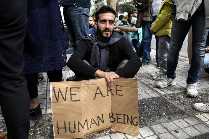 152 ország támogatta globális migrációs csomagot, Szlovákia és Magyarország nem
