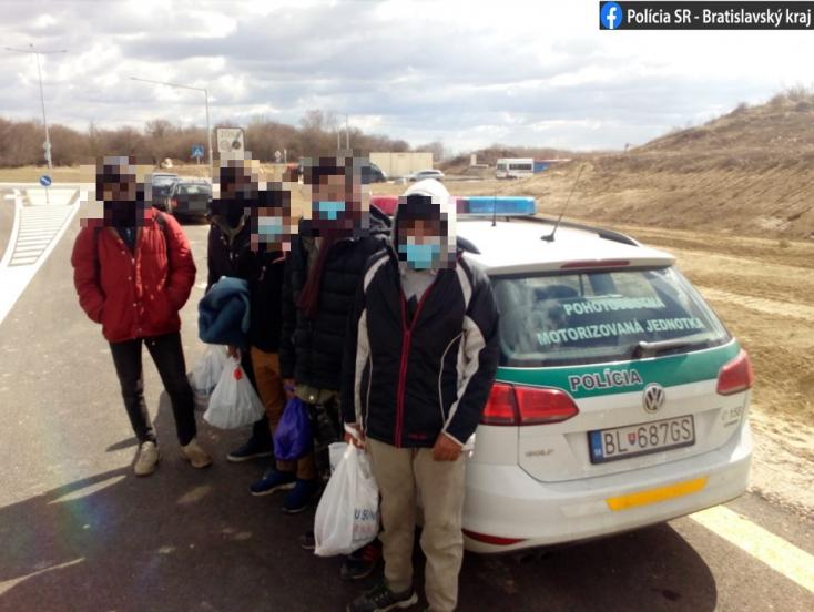 Szenc mellett fogtak el bevándorlókat, megpróbáltak lelécelni!