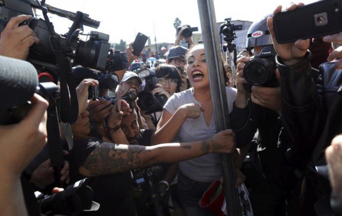 A mexikói hatóságok 112 embert találtak összezsúfolva egy kamionban