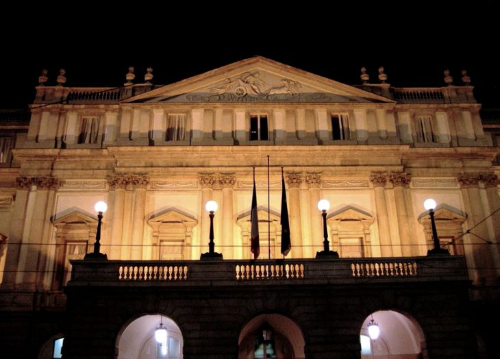 A Bécsi Filharmonikusok koncertjével nyit ki újra a milánói Scala