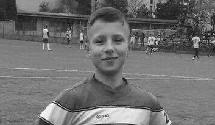 TRAGÉDIA: Összeesett a pályán, elhunyt a 14 éves focista