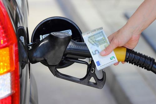 Kilenc benzinkúton találtak rossz minőségű üzemanyagot az ellenőrök