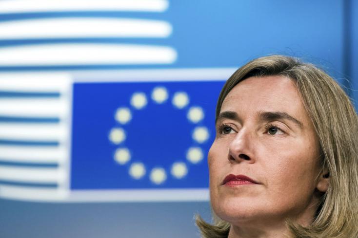 Az unió külügyminisztere Magyarországra utalhatott kritikájában