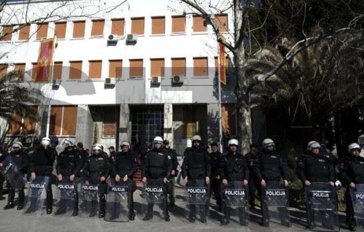 Trump Montenegrónak: gyere a NATO-ba