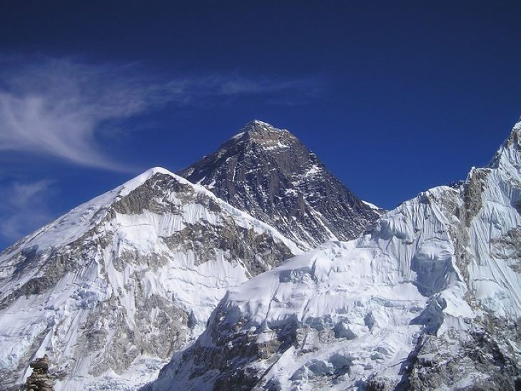 Már két halottja van az idei mászószezonnak a Mount Everesten