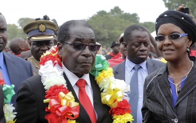 Zimbabwei puccs - Mugabe ragaszkodik hatalmához, elutasítja a közvetítést egy forrás szerint