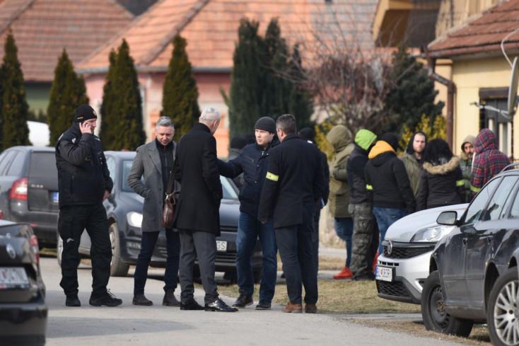A hírzárlat mellett nagy erőkkel folytatják a nyomozást Kuciak meggyilkolásának ügyében