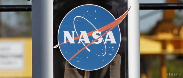 A SpaceX hordozórakétáját választotta a NASA a Jupiter Europa holdját kutató missziójához