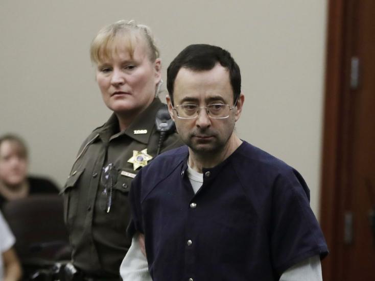 """""""Megtiszteltetés volt önt elítélni"""" - üzente a bírónő, miután 175 évet szabott ki a pedofil csapatorvosnak"""