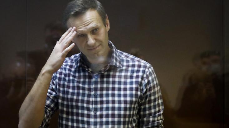 Abbahagyta az éhségsztrájkotAlekszej Navalnij