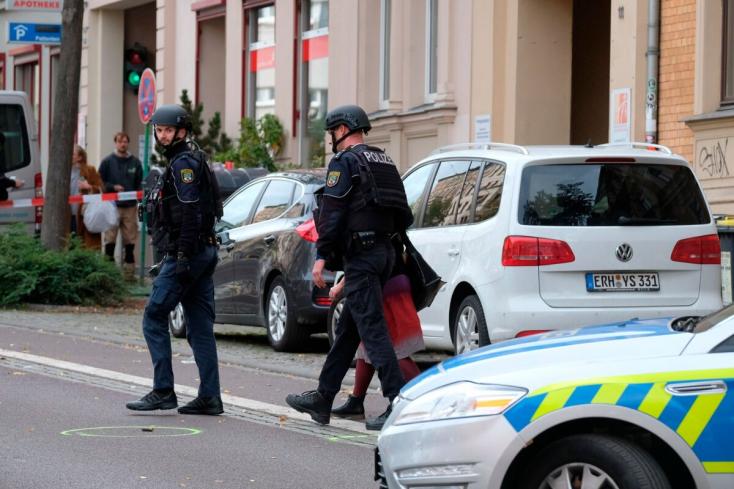 Egy német férfi a hallei lövöldözés elkövetője