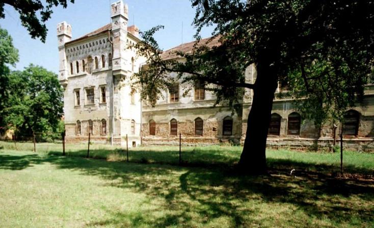 Újabb esélyt kap a galántai Esterházy-kastély, hogy az már három év múlva látogatható legyen