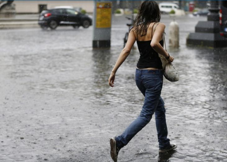 Országszerte viharokra figyelmeztetnek a meteorológusok