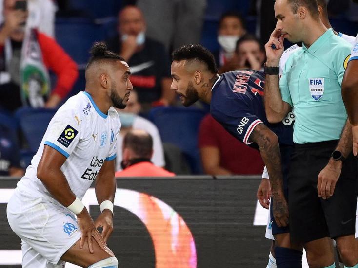 Neymart két mérkőzésre eltiltották