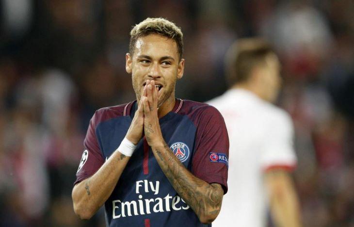 Neymar combsérülést szenvedett