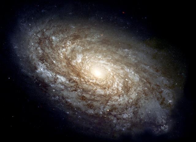 Koruk előrehaladtával meghíznak a galaxisok