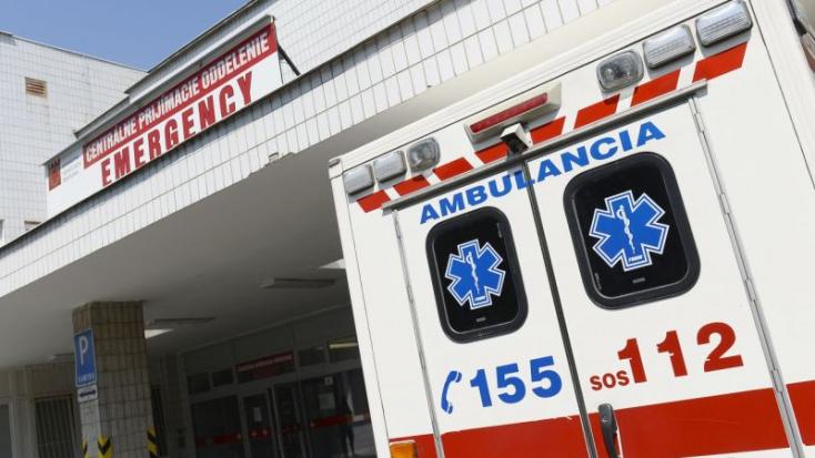 REKORD: Országszerte csaknem kétezer helyre riasztották a mentőket szilveszterkor!