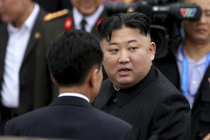 Putyin meghívta Oroszországba Kim Dzsong Unt