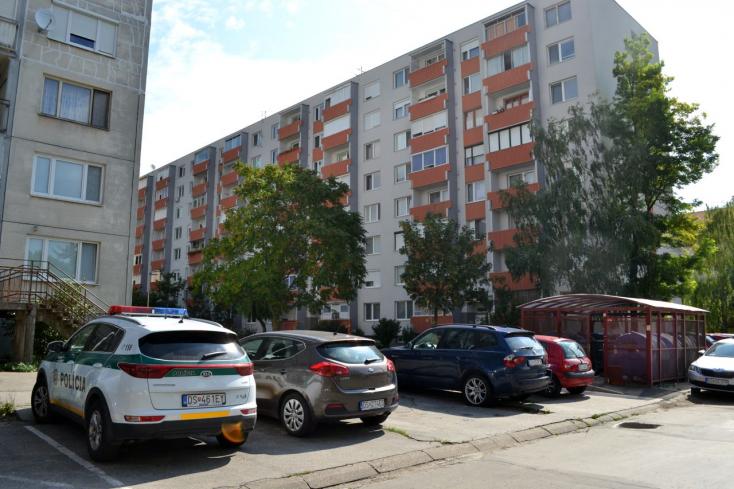 Kiugrott a hetedik emeletről Dunaszerdahelyen egy nő!